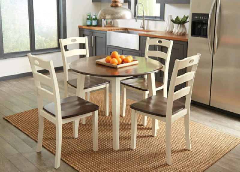Round Drop Leaf and 4 chairs