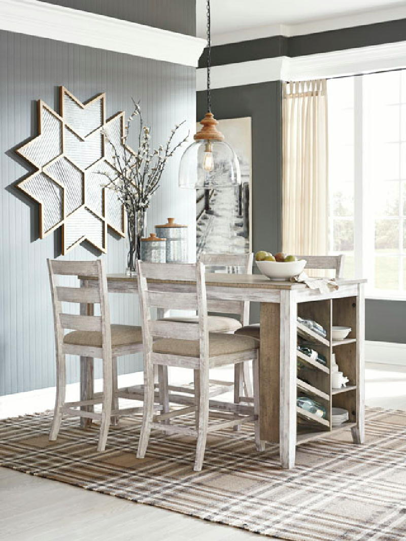 Table w4 UPH Barstools