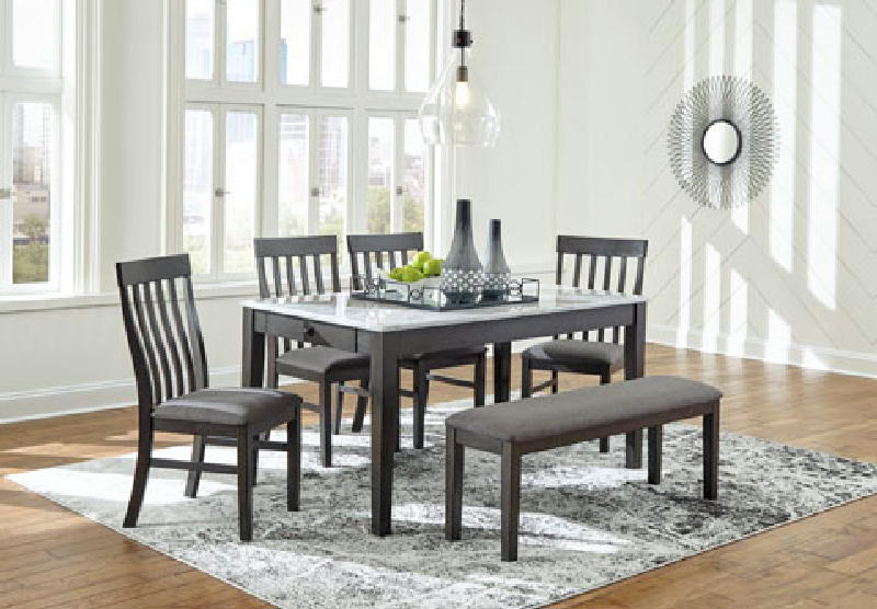 REG Dining Table
