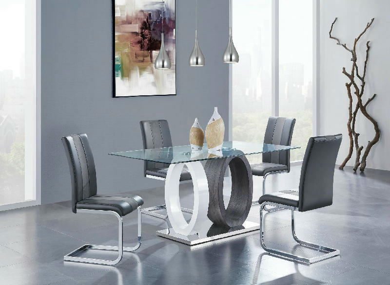 Dining Table w4 Chairs