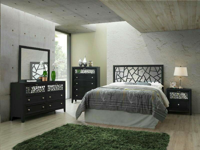 5 Pcs King Panel Bedroom